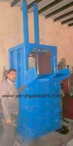 HYDRAULIC waste PET BOTTLE BALING PRESS MACHINE