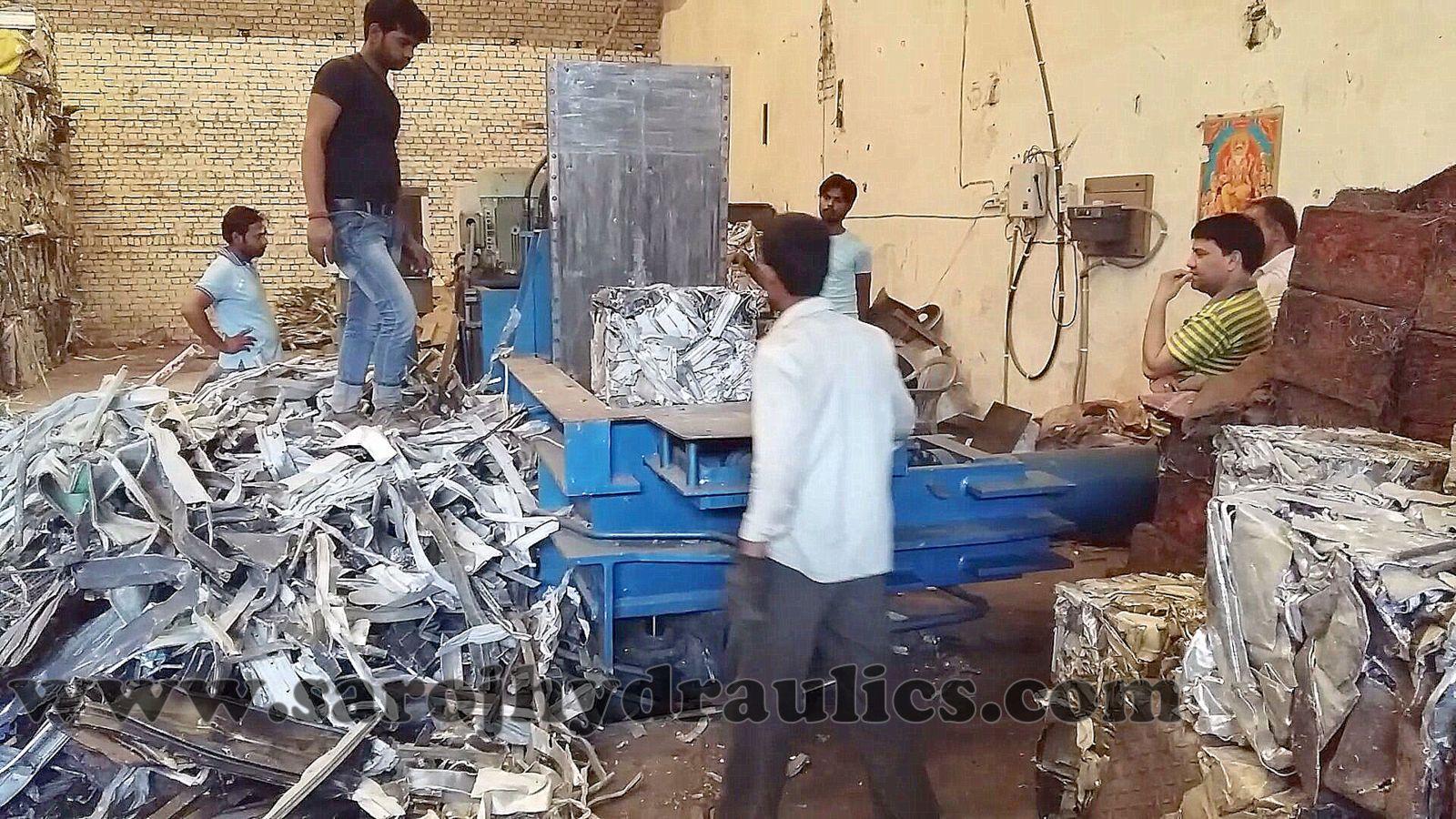 baling press machine,baling machine,waste paper baling machine,pet bottle baling machine,baling press,pet bottle baling press,hydraulic baling machine,paper baling machine