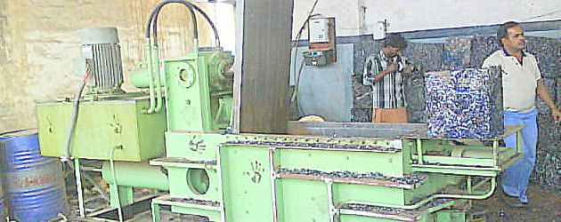 baling press machine,baling machine,waste paper baling machine,pet bottle baling machine,baling press,pet bottle baling press,hydraulic baling machine,paper baling machine